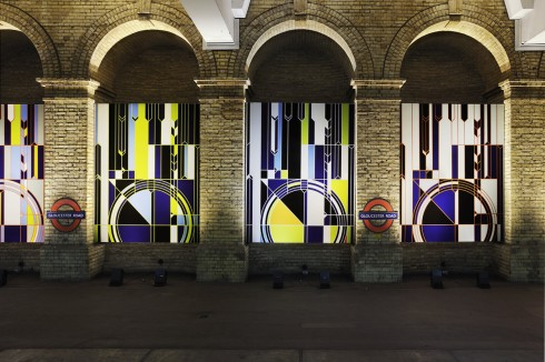 Sarah Morris, Big Ben [2012], 2012. Gloucester Road station  Photograph: Thierry Bal