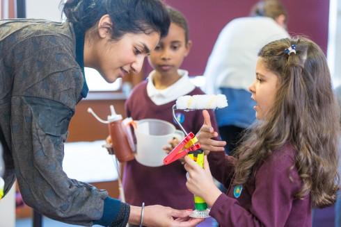 Crafting the Line, Jasleen Kaur with Herbert Morrison Primary School, 2016. Photograph Benedict Johnson