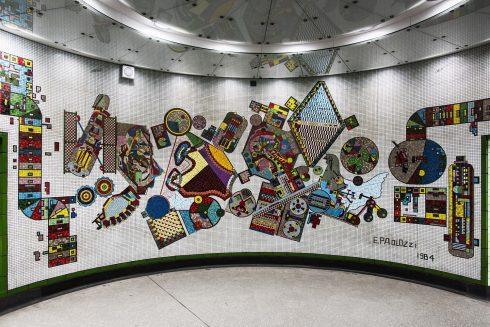 Eduardo Paolozzi, Rotunda, Tottenham Court Road station, 1984. Photo: Thierry Bal, 2016