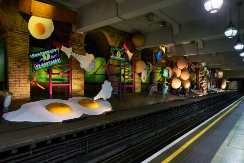 my name is lettie eggsyrub, Heather Phillipson, Gloucester Road station, 2018. Commissioned by Art on the Underground. Photo: G.G Archard, 2018