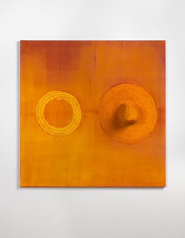 Alexandre da Cunha, Nude X, 2012, straw hats, linen, acrylic, pigment, cotton thread, 135 x 135 x 21 cm. © Alexandre da Cunha. Courtesy the artist and Thomas Dane Gallery.  Photo: Todd White Photography.