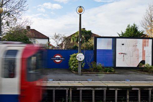 Lucy McKenzie, 'Lipstick I (Platform billboard Westbound)', Sudbury Town Station, 2020. Commissioned by Art on the Underground. Photo: GG Archard, 2020